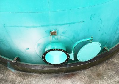 Storage tank hatch after coating