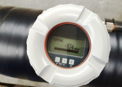 Pipevac monitoring gauge on pipeline