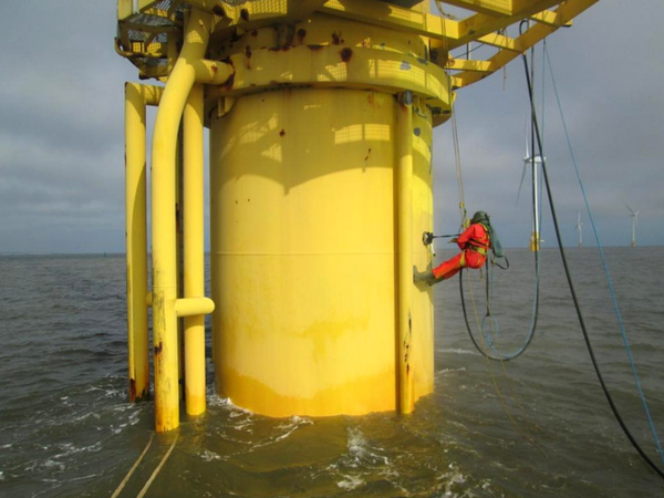 Using Abfad's Magnet System to blast an offshore wind turbine structure
